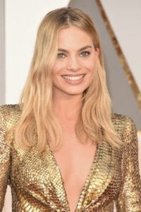 oscars-2016-makeup-trend-margot-robbie
