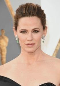 oscars-2016-makeup-trends-jennifer-garne